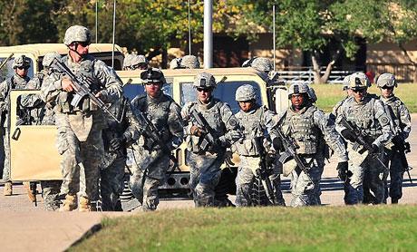 ABD askerî üssünde çatışma: 12 ölü galerisi resim 24