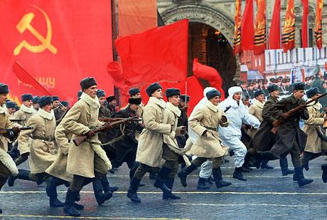 Rus tankları Kızıl Meydan'da! galerisi resim 3