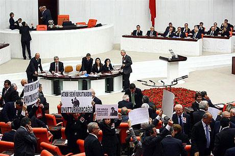 Meclis'te 'açılım' kavgası! galerisi resim 15