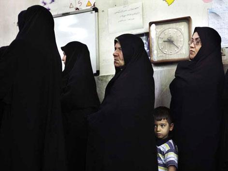 İran'da Seçim galerisi resim 5