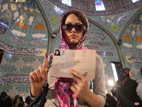 İran'da Seçim galerisi resim 9