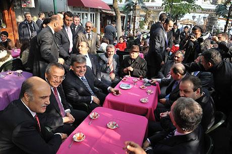 Cumhurbaşkanı halkla çay içti! galerisi resim 13