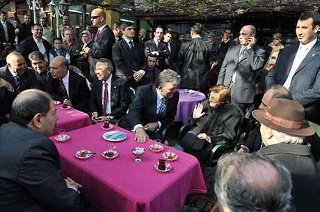 Cumhurbaşkanı halkla çay içti! galerisi resim 19