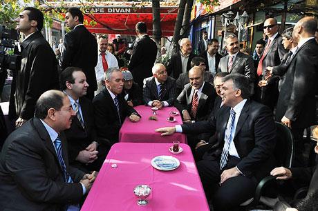 Cumhurbaşkanı halkla çay içti! galerisi resim 5