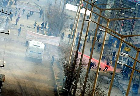 PKK'nın kuruluş gününde olaylar çıktı galerisi resim 42