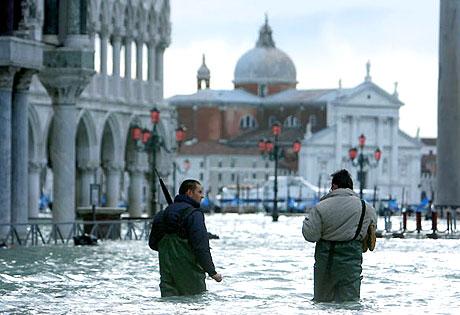 Venedik yine sular altında kaldı! galerisi resim 4