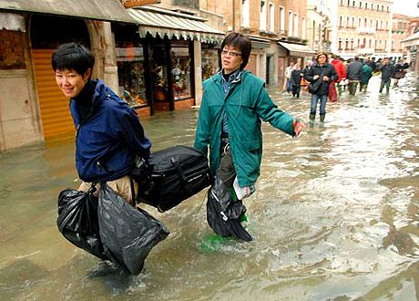 Venedik yine sular altında kaldı! galerisi resim 5