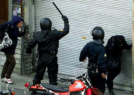 İran yine kırmızı: Gösteriler durmuyor! galerisi resim 6
