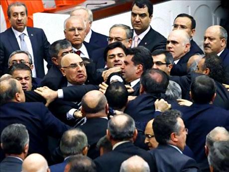 Peygambere hakaret meclisi karıştırdı galerisi resim 26