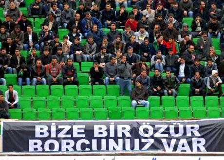 Diyarbakır Bursa maçında olaylar çıktı! galerisi resim 1