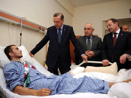 Erdoğan'ı alnından öptüler galerisi resim 16