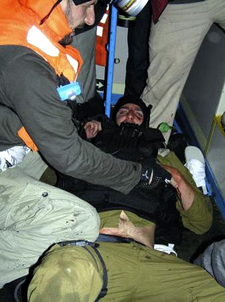 İsrail'in imajı yerlerde: Ağlayan komando! galerisi resim 5