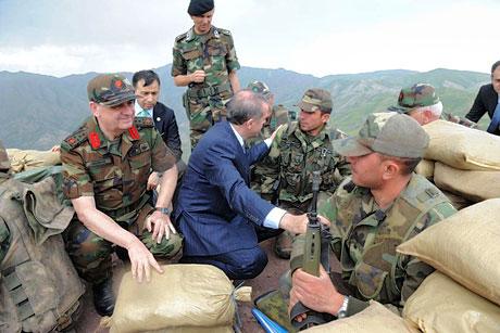 Erdoğan ve Başbuğ mevzide! galerisi resim 17