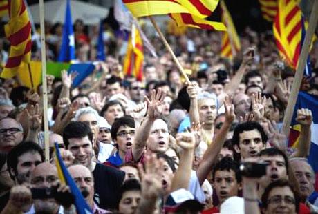 1 milyon Katalon 'biz ulusuz' dedi galerisi resim 10