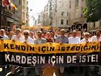 İslamcılar Kürtler için yürüdü