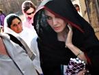 Angelina Jolie Felaket bölgesininde