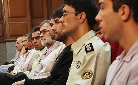 İran'da göstericiler yargılanıyor galerisi resim 4