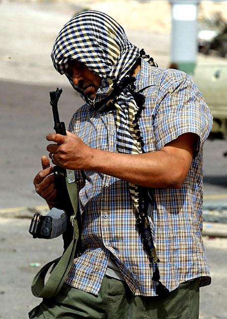 Sıcak çatışmanın özel fotoğrafları galerisi resim 19