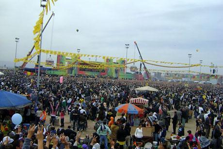 Tarihi 2011 Newroz'undan manzaralar galerisi resim 37
