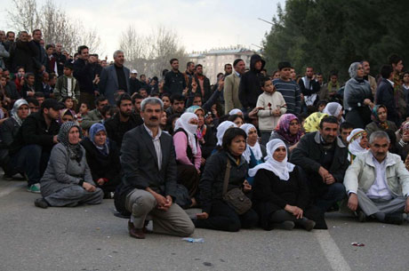 'Sivil itaatsizlik' eylemi ve Polis müdahalesi galerisi resim 50