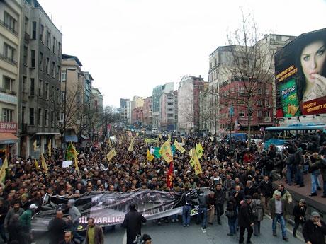 YSK vetosu'na her yerde protesto var! galerisi resim 7