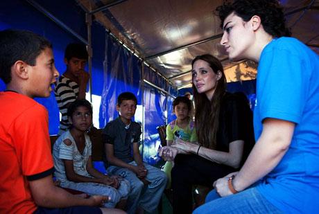BM Elçisi Angelina Jolie Türkiye'de galerisi resim 6