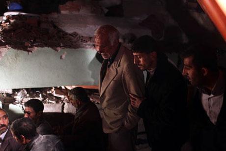 Van'da şiddetli deprem galerisi resim 89