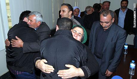 PKK, kamu görevlisi ve askerleri serbest bıraktı galerisi resim 23