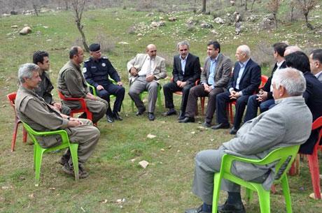PKK, kamu görevlisi ve askerleri serbest bıraktı galerisi resim 4