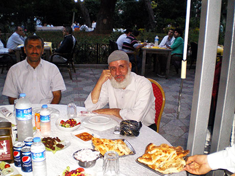 Nûbihar'ın iftar yemeğine büyük ilgi galerisi resim 54
