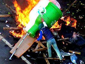 Diyarbakır'da 'Sur' protestosunda olaylar çıktı