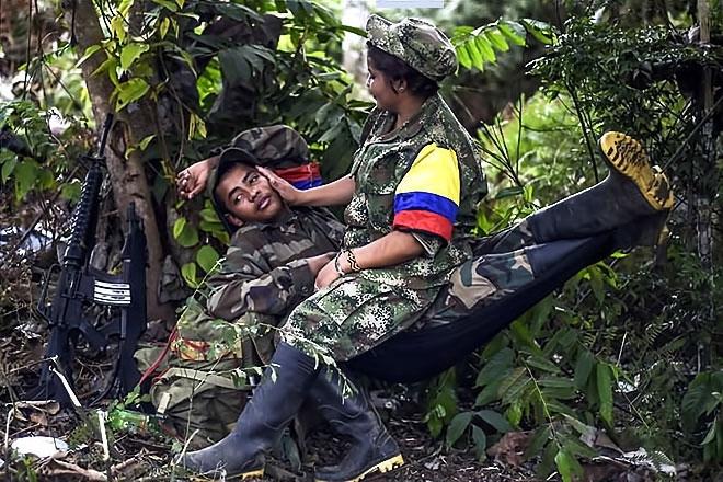 Kolombiyalı savaşçı anneler galerisi resim 5