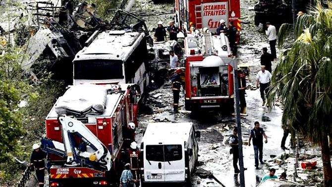 Fotoğraflarla: İstanbul Vezneciler'deki saldırı galerisi resim 20