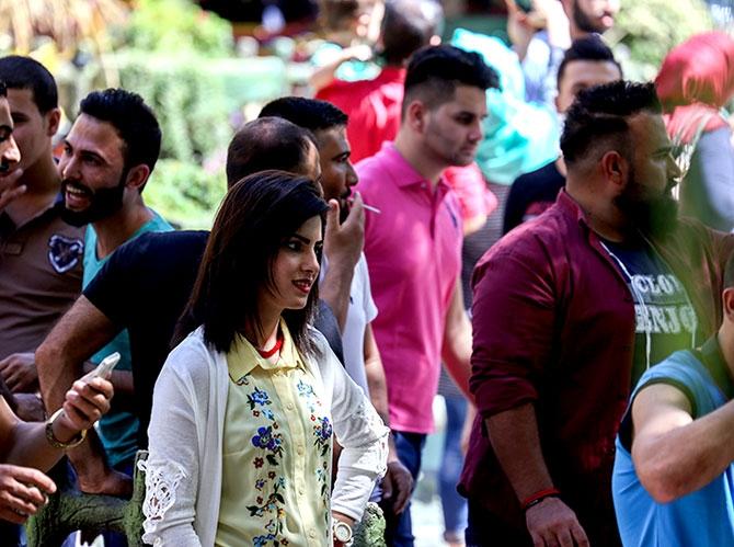 Bayramda binlerce turist Federal Kürdistan'a akın etti galerisi resim 3