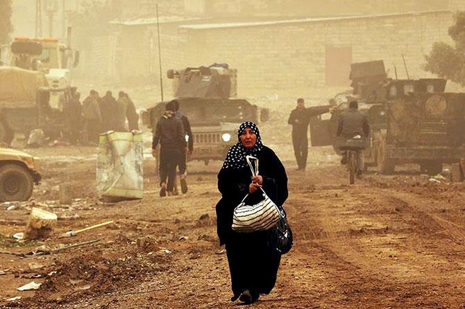 Kum fırtınasına rağmen Musul'dan kaçış galerisi resim 11