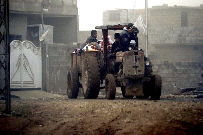 Kum fırtınasına rağmen Musul'dan kaçış galerisi resim 16
