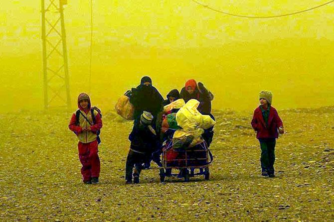 Kum fırtınasına rağmen Musul'dan kaçış galerisi resim 24