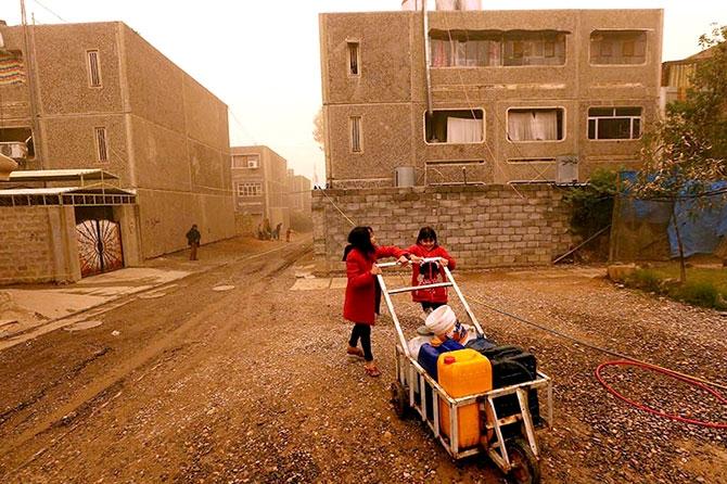 Kum fırtınasına rağmen Musul'dan kaçış galerisi resim 25