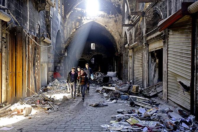 Suriye'nin Halep kentinden geriye kalanlar galerisi resim 15