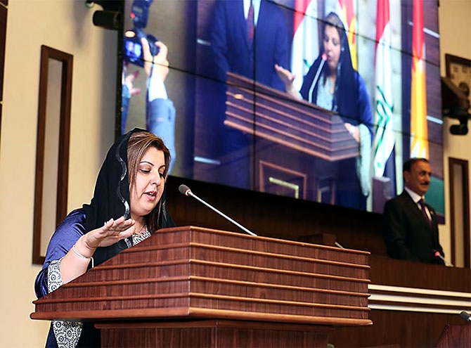 Kürdistan Parlamentosu'nun yeni üyeleri yemin etti galerisi resim 10