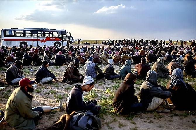IŞİD'in son mevzisinden kaçış... galerisi resim 1