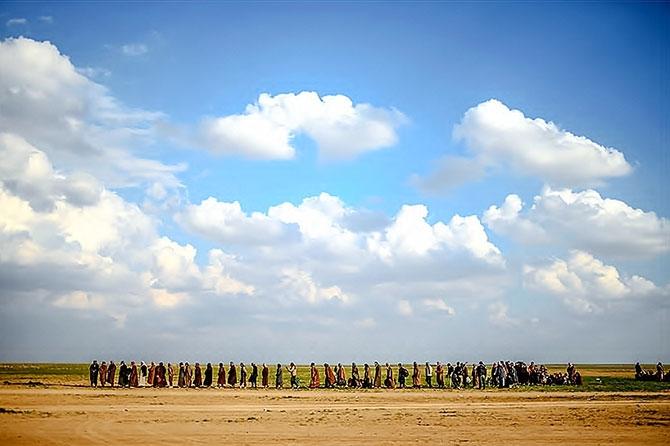 IŞİD'in son mevzisinden kaçış... galerisi resim 13
