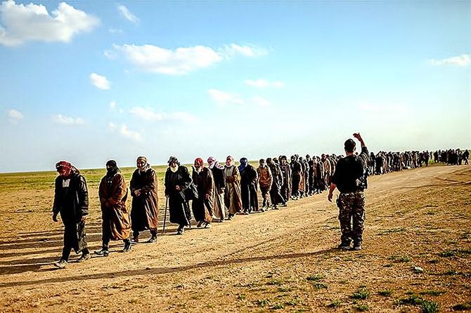 IŞİD'in son mevzisinden kaçış... galerisi resim 15