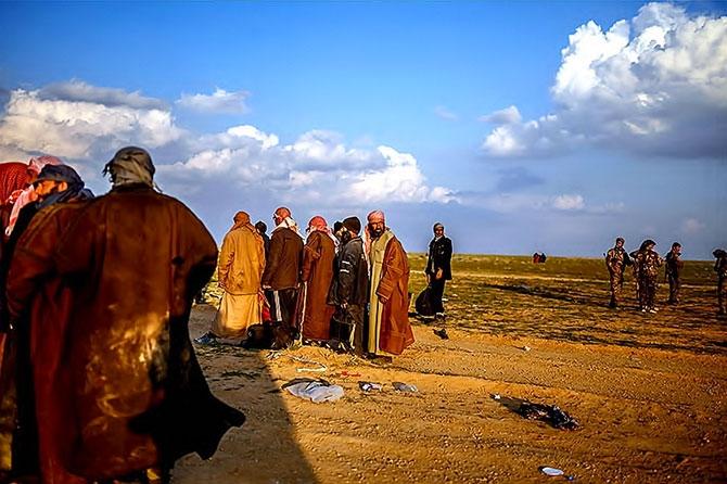 IŞİD'in son mevzisinden kaçış... galerisi resim 18