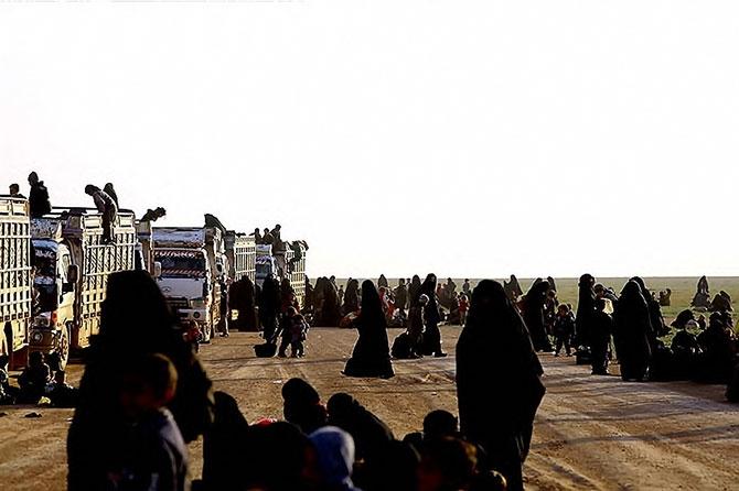 IŞİD'in son mevzisinden kaçış... galerisi resim 25