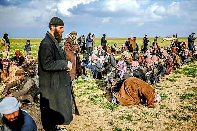 IŞİD'in son mevzisinden kaçış... galerisi resim 7