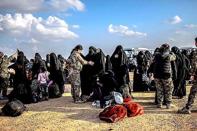 IŞİD'in son mevzisinden kaçış... galerisi resim 8