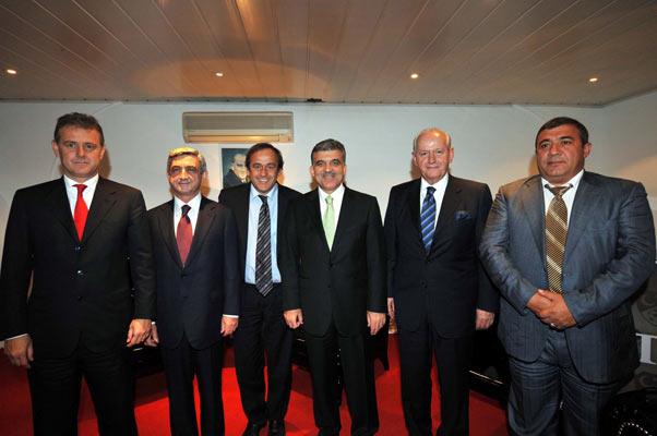 Türkiye : 2 Ermenistan : 0 galerisi resim 8