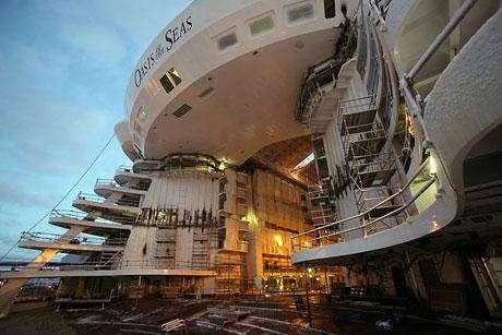 Titanik'ten 5 kat daha büyük galerisi resim 4