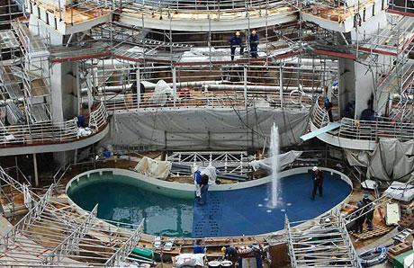 Titanik'ten 5 kat daha büyük galerisi resim 6